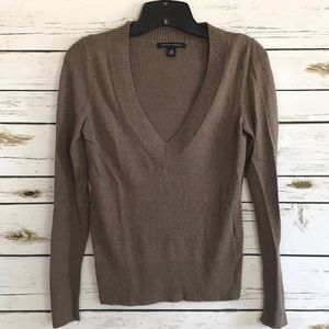 Banana Republic long sleeve v-neck sweater size XS